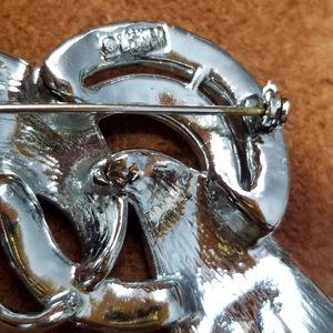 Lisner Jewelry - Vintage Lisner Brooch